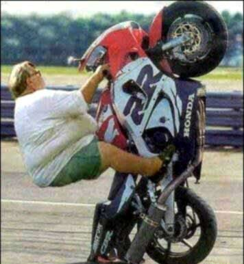 FAT MAN DRIVING MOTORCYCLE FUNNY PHOTO