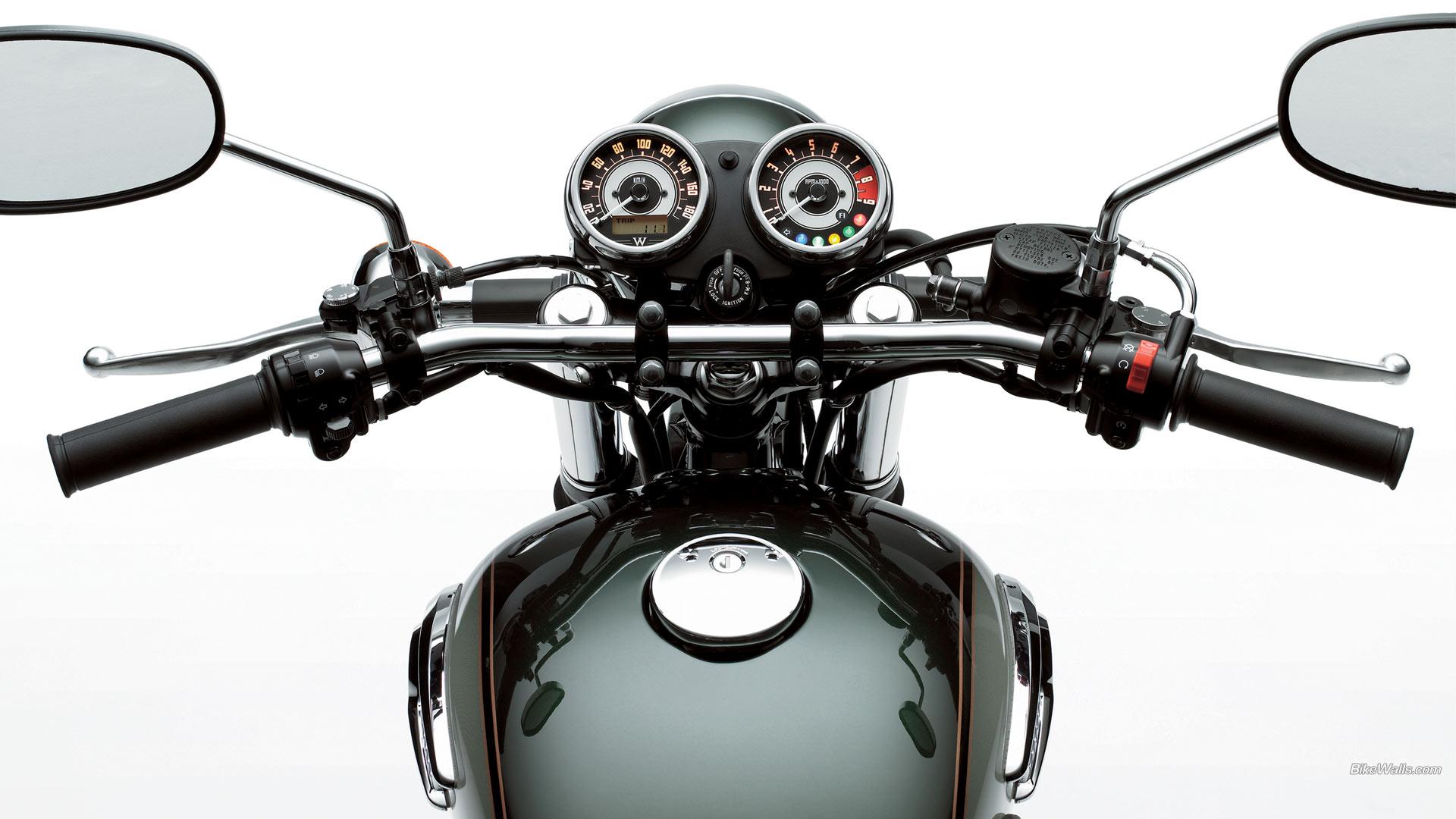 Kawasaki W800 мотоемото