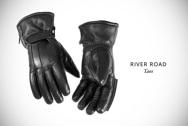 motorcycle-gloves-by-river-road